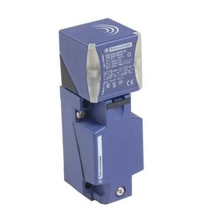 XS7C4A1MPN12 Indukční čidlo XS7 40x40x117, PBT, Sn15mm, 24..240VAC/DC, svorkovnice, Schneider Electric