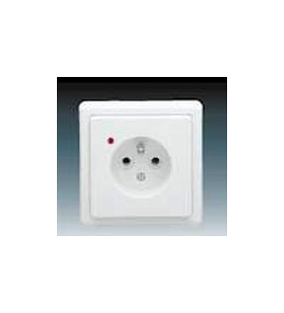 ABB Zásuvka jednonásobná s ochranným kolíkem, s ochranou před přepětím jasně bílá 5597-2389B1