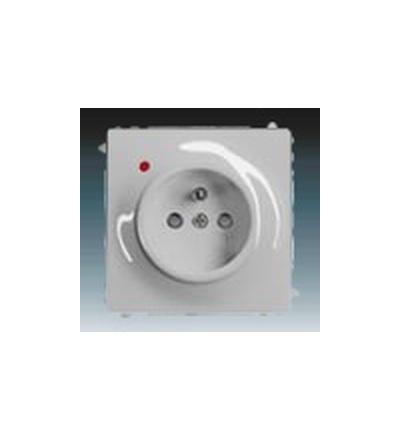 ABB Zásuvka jednonásobná s ochranným kolíkem, s clonkami, s ochranou před přepětím saténová stříbrná 5599B-A02357783