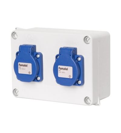 FAMATEL Krabice 3064 IP54 2x230V s ochr. kolíkem, 160x120x73mm, hladké boky 3064